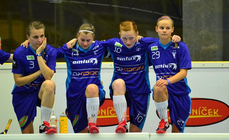 Ženy na Švédky nevyzrály, postupují do semifinále ze druhého místa